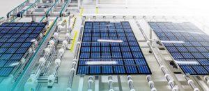 """Ką tik diplomą gavęs KTU MGMF alumnas įrenginėja saulės elektrinę nuo pat """"pamatų"""""""